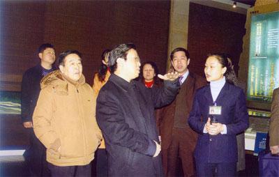 山西省副省长牛仁亮同志(到馆)指导工作