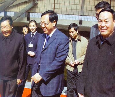 中共中央组织部副部长李景田同志,在山西省煤炭工业局局长王守祯、中国煤炭博物馆馆长康明章的陪同下到我馆指导工