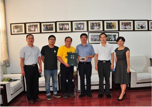 中国地质大学(武汉)逸夫博物馆到中国煤炭博物馆进行学术交流与地质科普考察