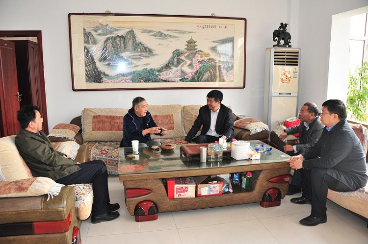 中国煤炭博物馆领导班子重阳节看望慰问退休